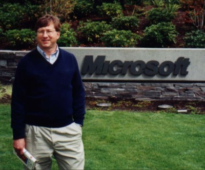 http://www.kimbrooke.com/graphics/bill-gates-impersonator.jpg
