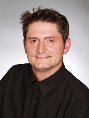 Chris Charbonneau headshot