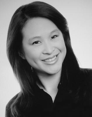 Mandy Tsui headshot